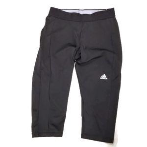 50% if BUNDLE Adidas Techfit Capri Tights